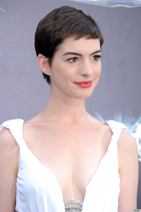 Anne Hathaway Pixie Cut Tumblr Hair Color Ideas And Styles For 2018