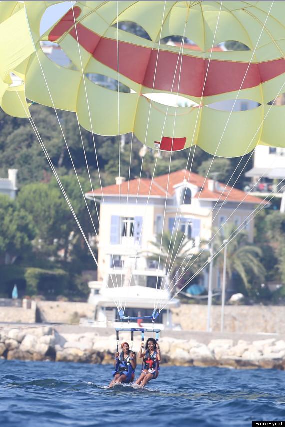 rihanna parasailing