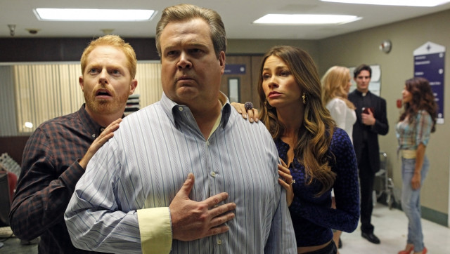 modern family season 4 production to resume despite