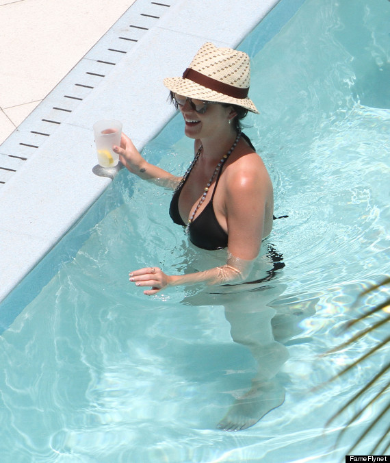 katy perry bikini pool
