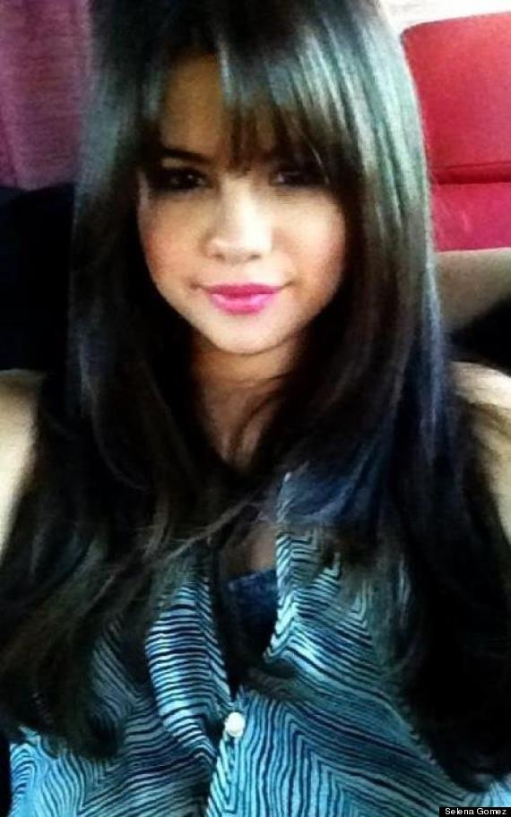 Selena Gomez S Bangin New Haircut Photo Huffpost