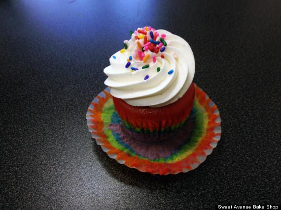 rainbow pride cake ii