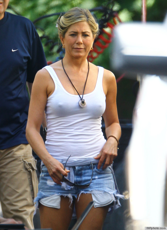 Jennifer Aniston Goes Braless, Wears Daisy Dukes On Movie Set (