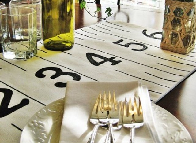 craft of the day ruler table runner