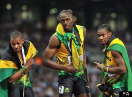 Usain Bolt marque l'histoire en gagnant le 200 m (PHOTOS - VIDÉO)