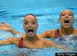 La nage synchronisée et ses visages hilarants (PHOTOS)