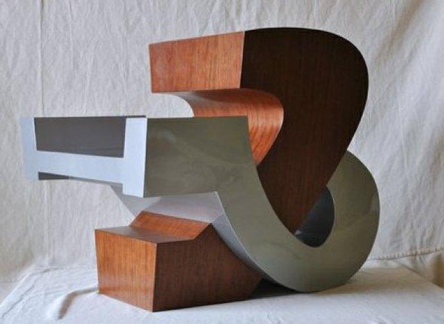 custommadeampersandchair
