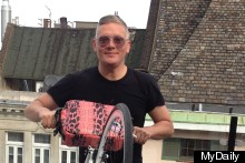 On Yer Bike: Giles Deacon Has Designed A Lady Bag For Cyclists