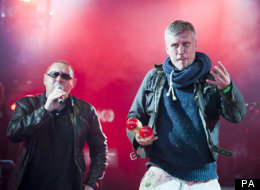 PICTURES: Shaun Ryder Turns 50 On Stage With Fans