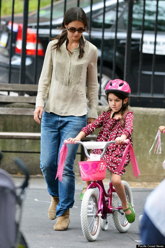 suri cruise rides bike nyc