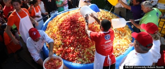 WORLD BIGGEST FRUIT SALAD