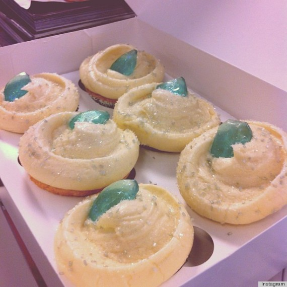 magnolia bakery swarovski cupcake