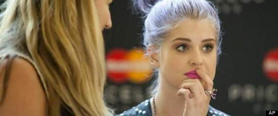 kelly osbourne shares her red carpet fashion advice in