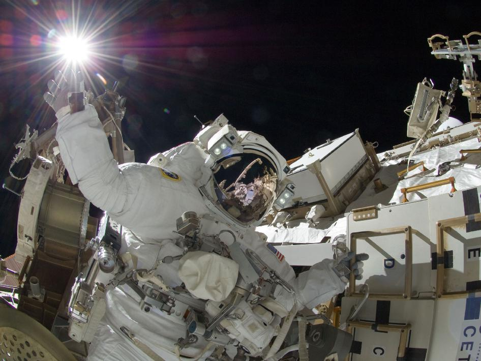 sunita williams space walk