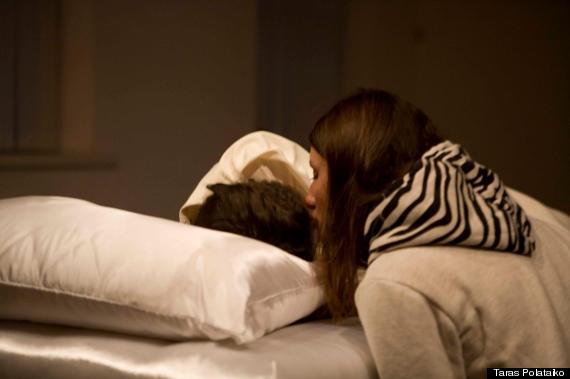 Video Sleeping lesbian sex