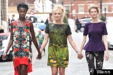 Fearne Cotton Has A Here Come The Girls Moment, Looks Lovely In Daisy Print