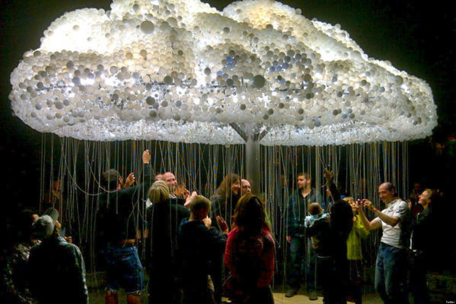 Nuit Blanche Calgary Giant Light Bulb Cloud A Hit At City