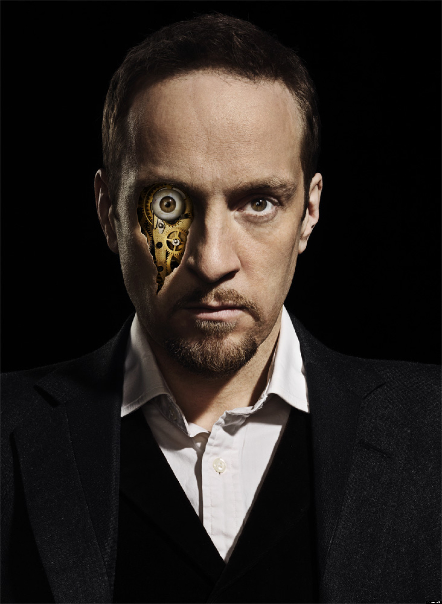 TV REVIEW: Derren Brown: Svengali - How Does He Do It? No, Really - I'm Asking. - o-DERREN-BROWN-facebook