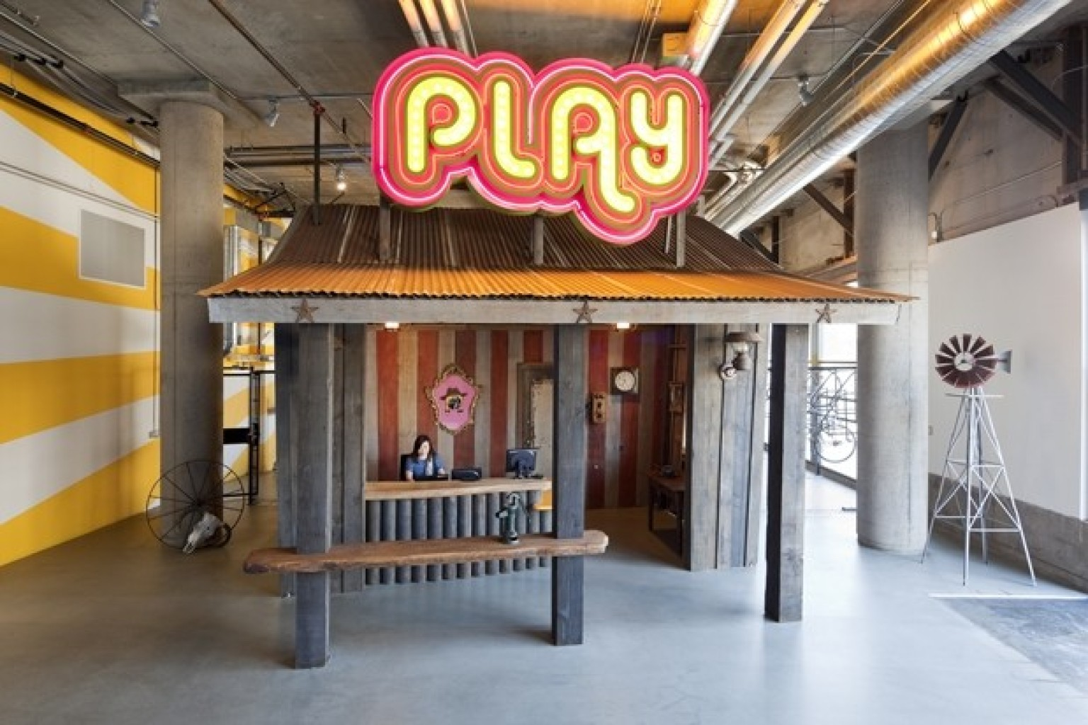 Tour inside zynga 39 s quirky san francisco headquarters for Zynga office design