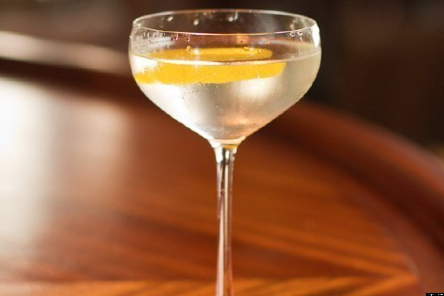 Jul 14,  · The Martini is one of the most iconic cocktails in the world but the best way to drink it – with vodka or gin, shaken or stirred – is still a matter of gg-sound.tkon: 4 New York Plaza,