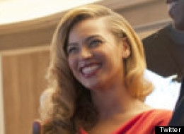 PHOTOS: Beyonce Wows In Red At Obama Fundraiser