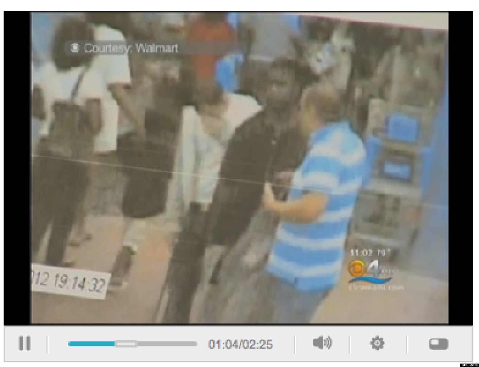 Walmart security guard catches husband stealing wife gets punished for it 4