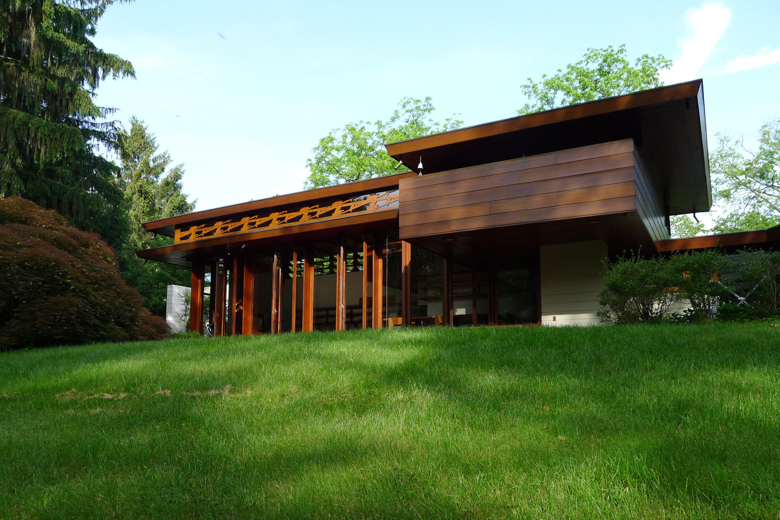The bachman wilson house and 12 other frank lloyd wright for Frank lloyd wright house design