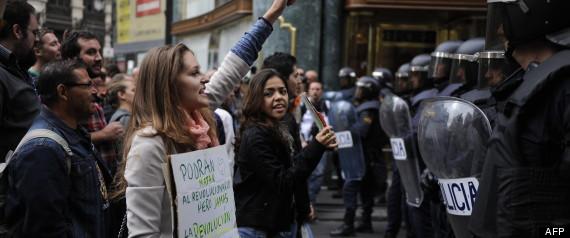 MANIFESTATION ESPAGNE MADRID INDIGNES POLICE