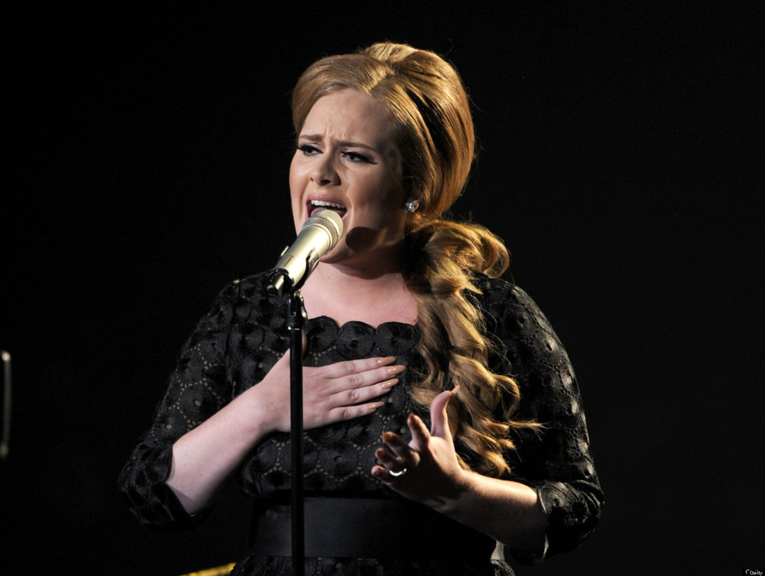 Adele Blasts Musicians Who Use Sex To Sell Records