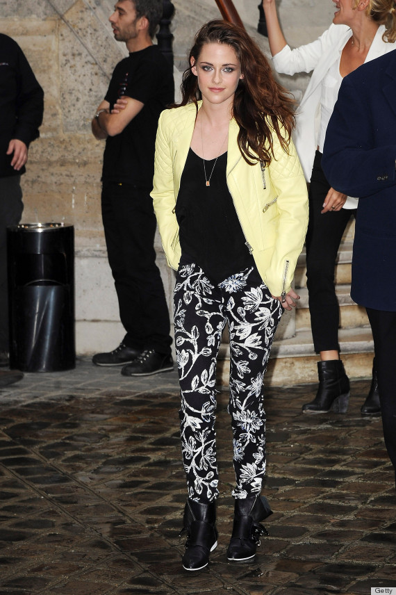 Kristen Stewart Poses At Paris Fashion Week Amidst