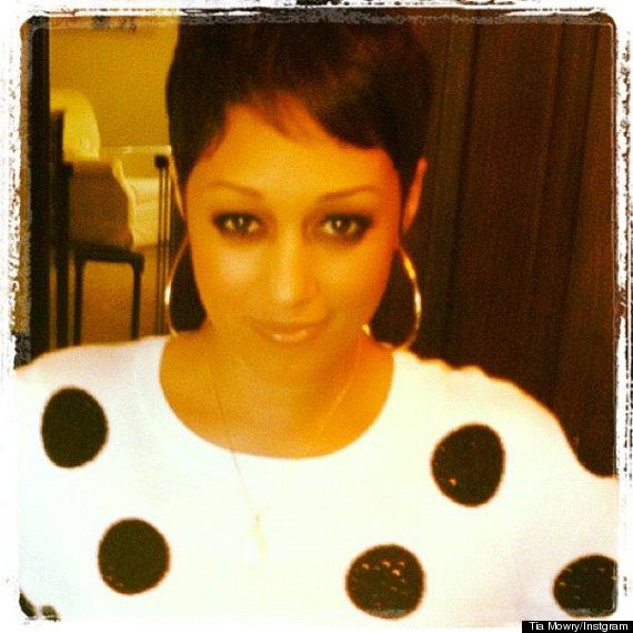 Tia Mowry Haircut Tia Tamera Star Chops It All Off Photo Huffpost
