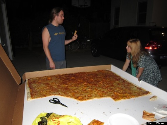 worlds biggest pizza delivery