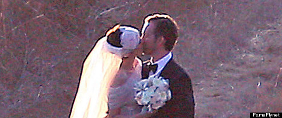 ANNE HATHAWAY MARRIED