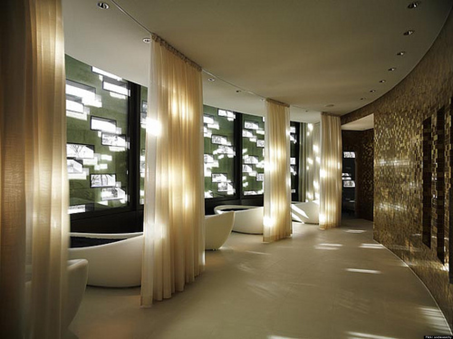 The most beautiful spas in the world photos huffpost for Grand salon design
