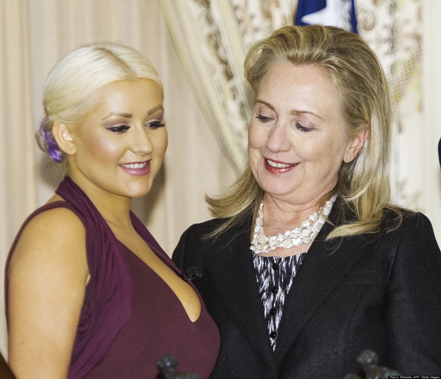 Hillary cathy eating pussies wife republican