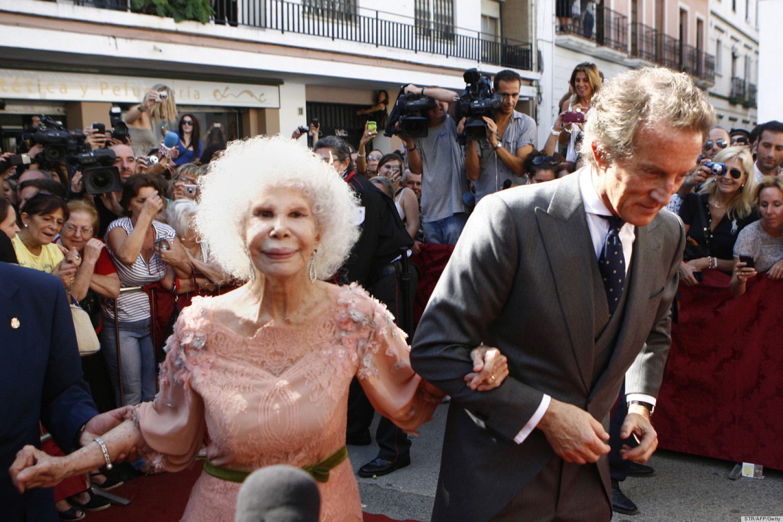 Duchess Of Alba S Wedding Anniversary Is Here Photos