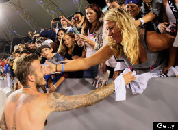 PICTURES: Beckham Gets Close To Female Admirer