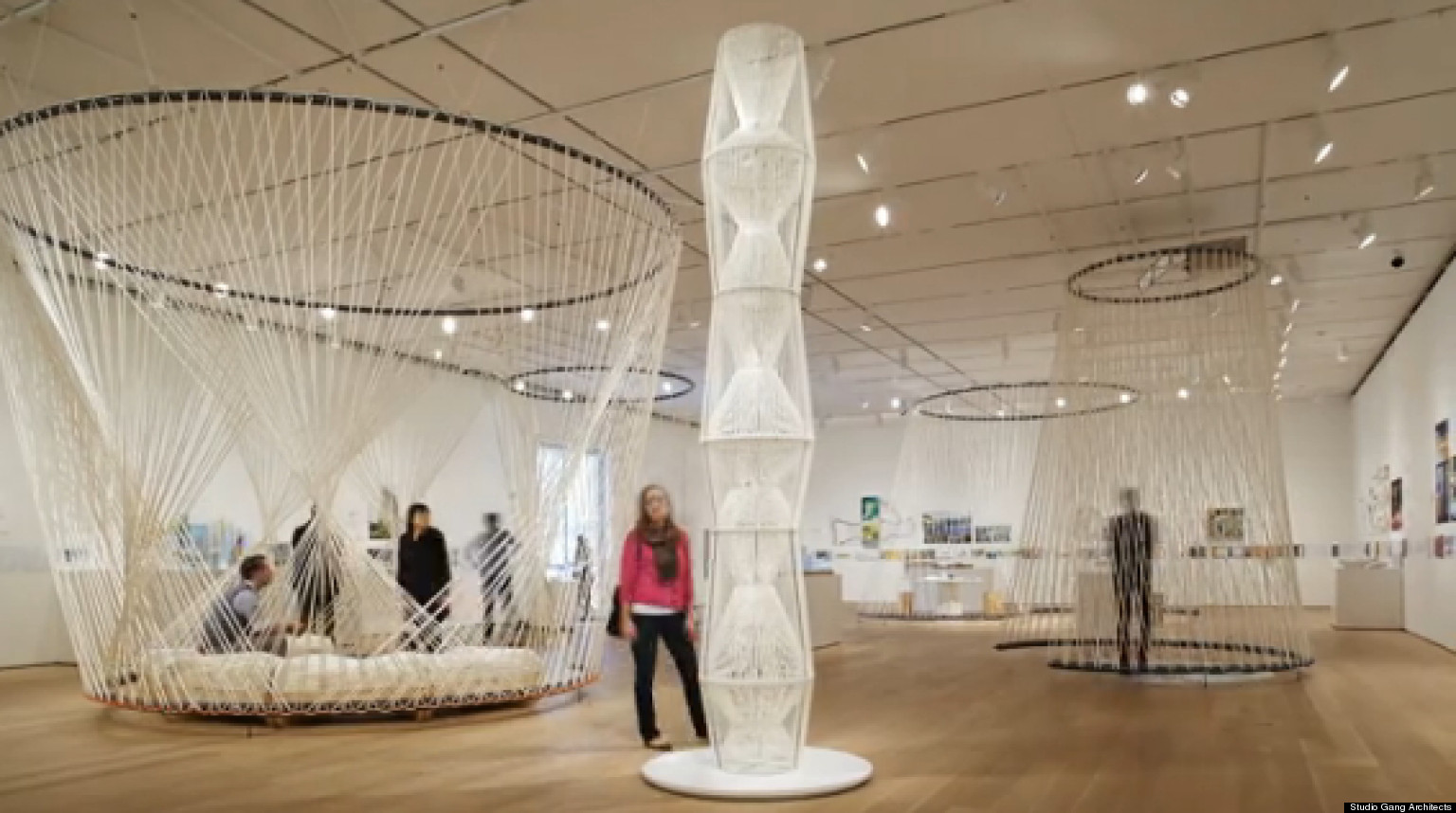 Time-Lapse Of Art Institute's New Installation 'Building ...