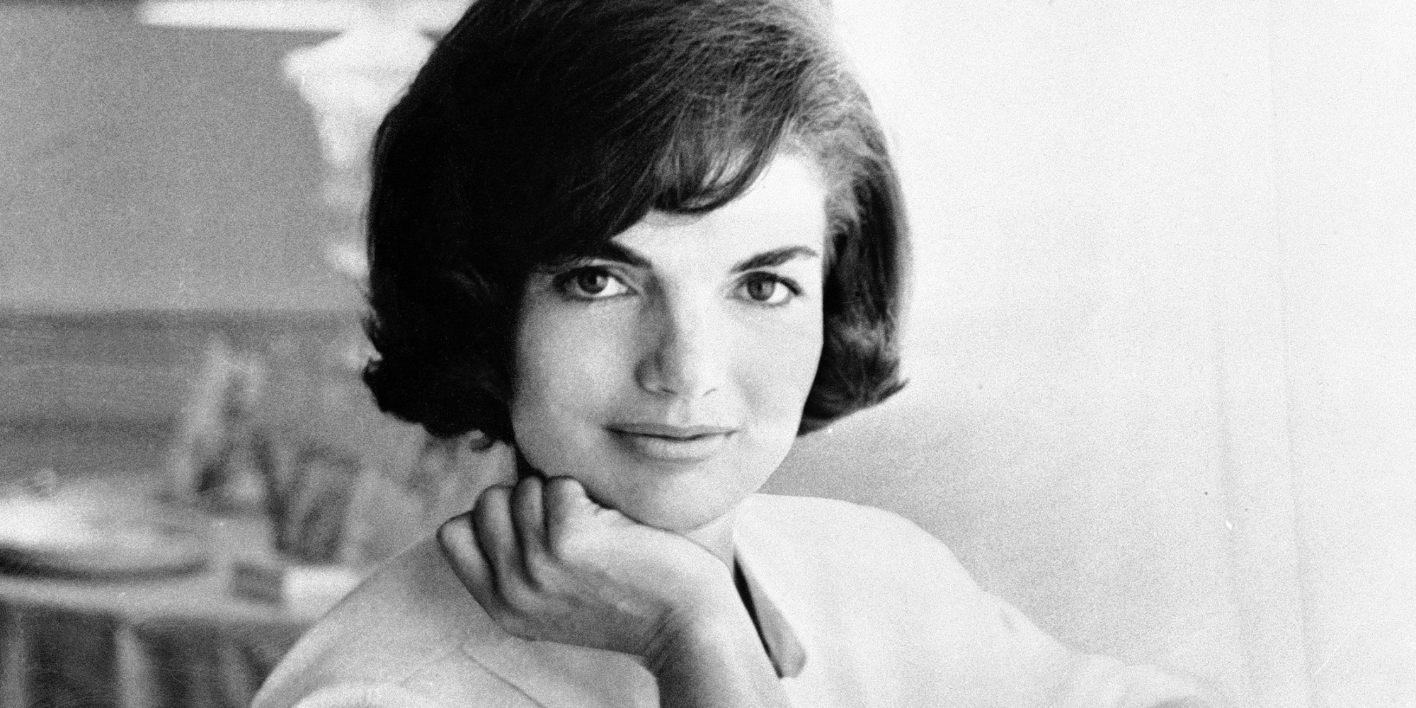 12 unforgettable style lessons from jackie kennedy photos. Black Bedroom Furniture Sets. Home Design Ideas