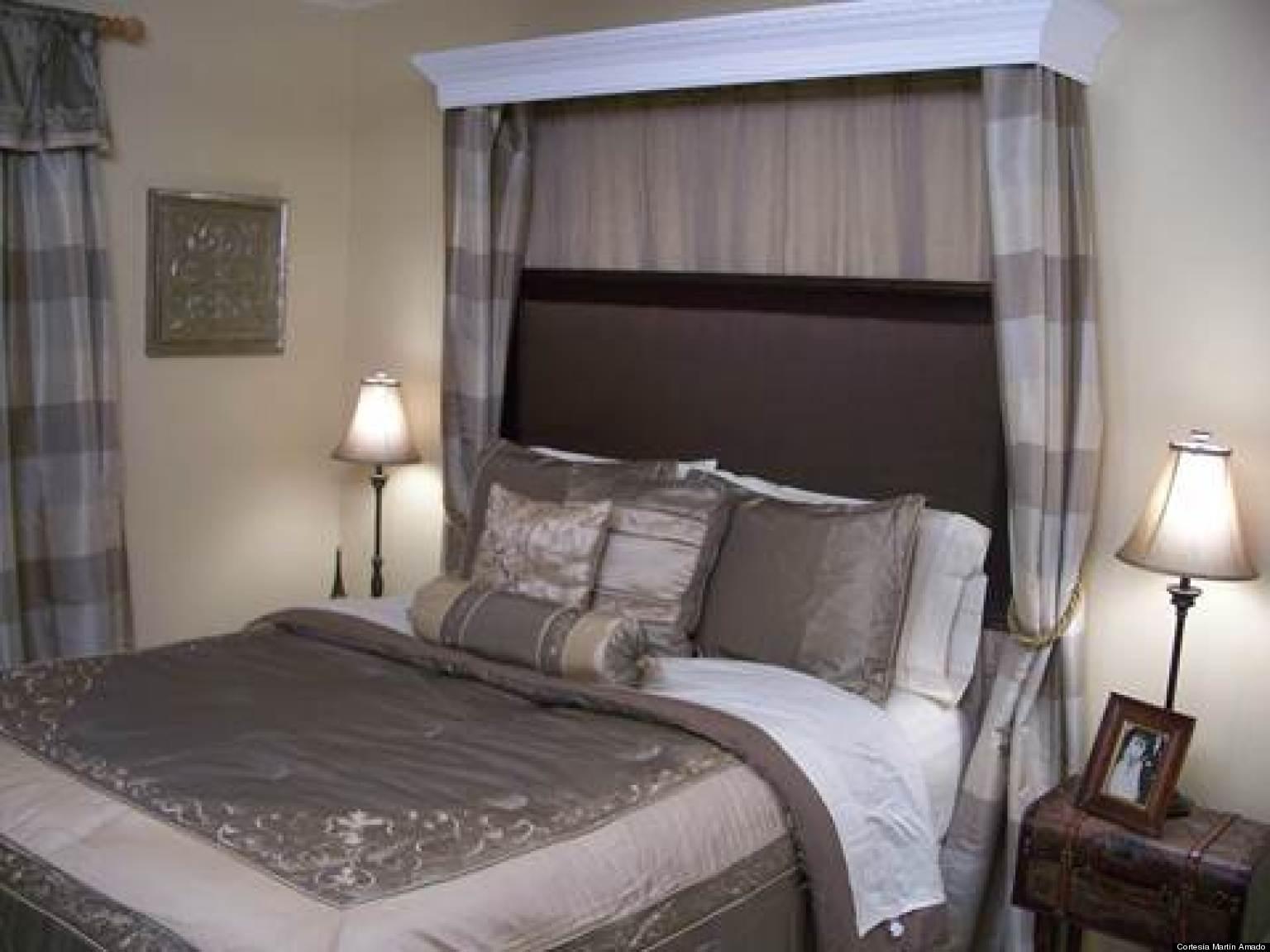 C mo hacer una cabecera de cama tapizada usando un espejo for Como hacer una cabecera de cama