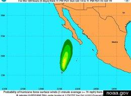 Huracán Paul frente a la costa de México
