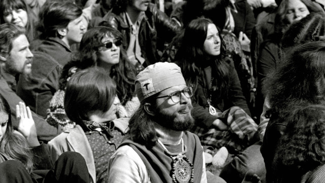 the influence of the hippie movement on the life of america Free essay: thesis: during the 1950's the hippie movement began, hippies rebelled against carefree part of america's history hippies were strongly against violence and supported liberal policies the local food movement has been an influence that has become an everyday thing in north.