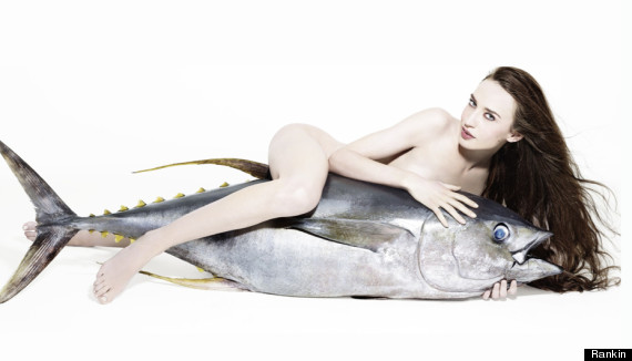 PHOTOS: Mick Jaggers Daughter Poses With Dead Fish To Oppose Overfishing