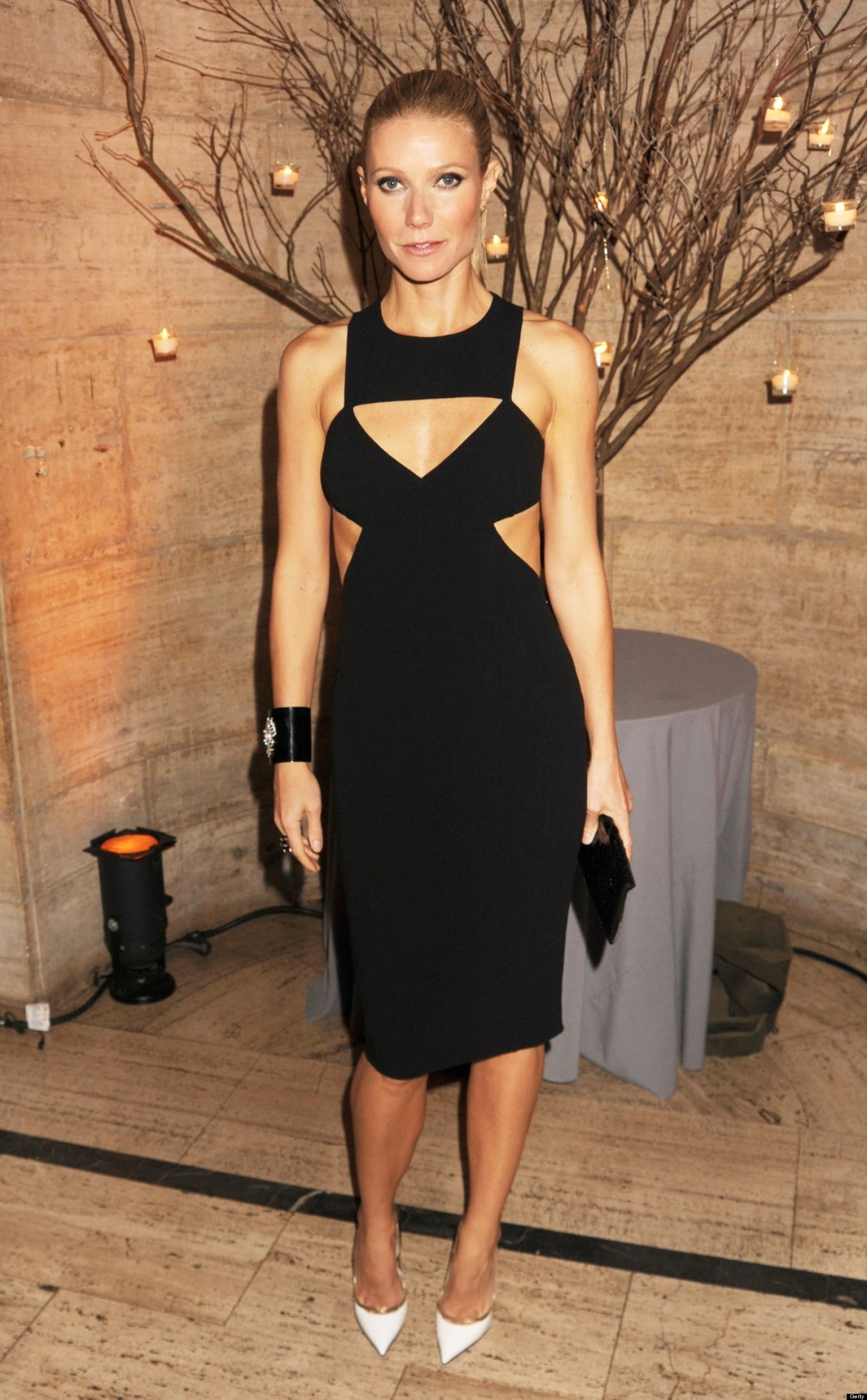Gwyneth Paltrow Hot: Actress Stuns In Sexy Cutout Dress ...