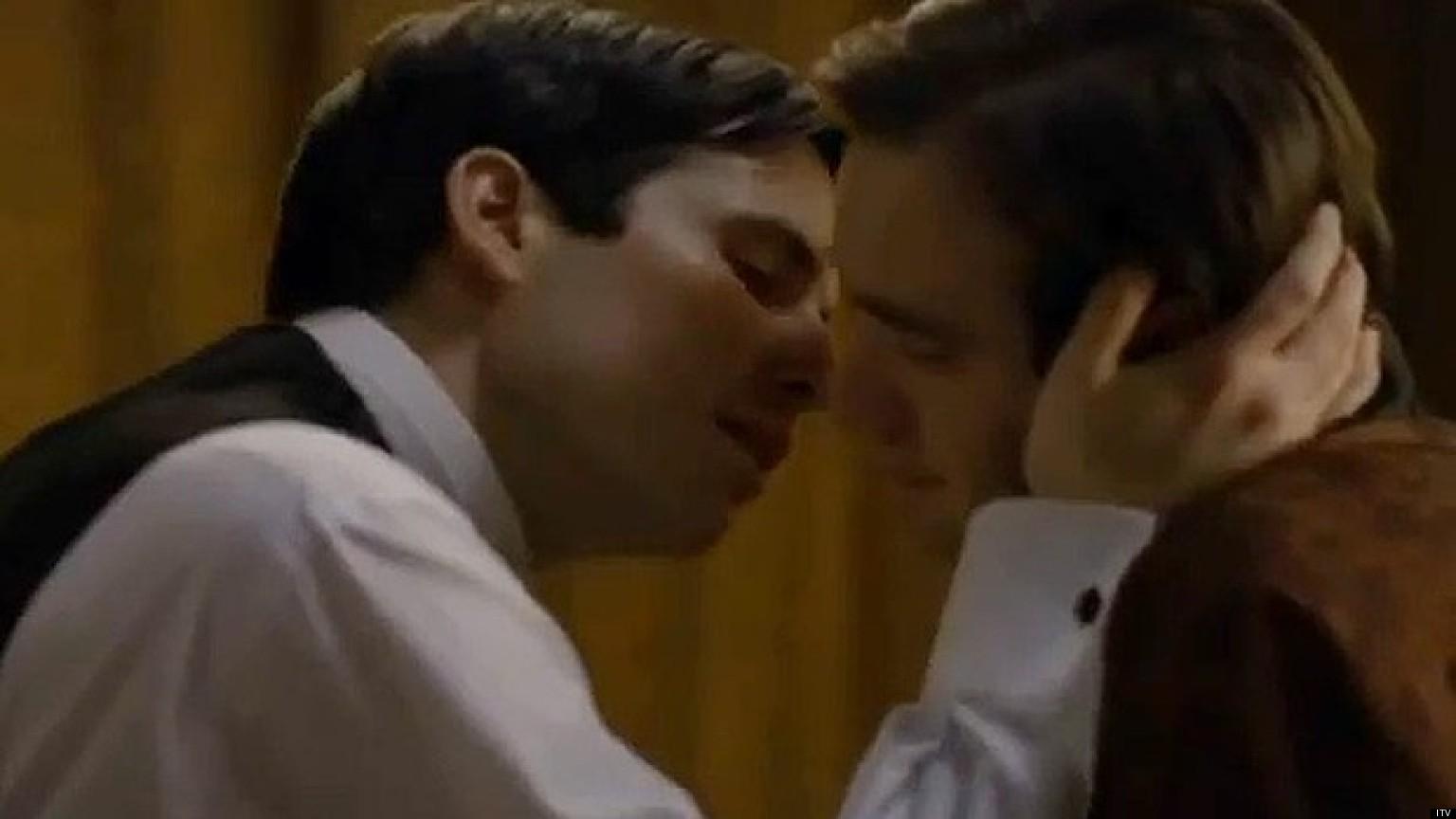 Смотреть поцелуи гее 9 фотография