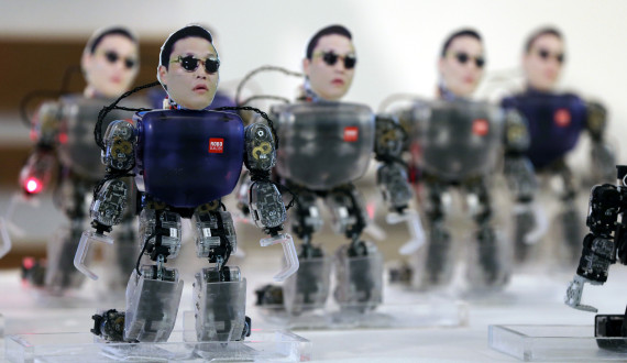 south_korea_psy_robots