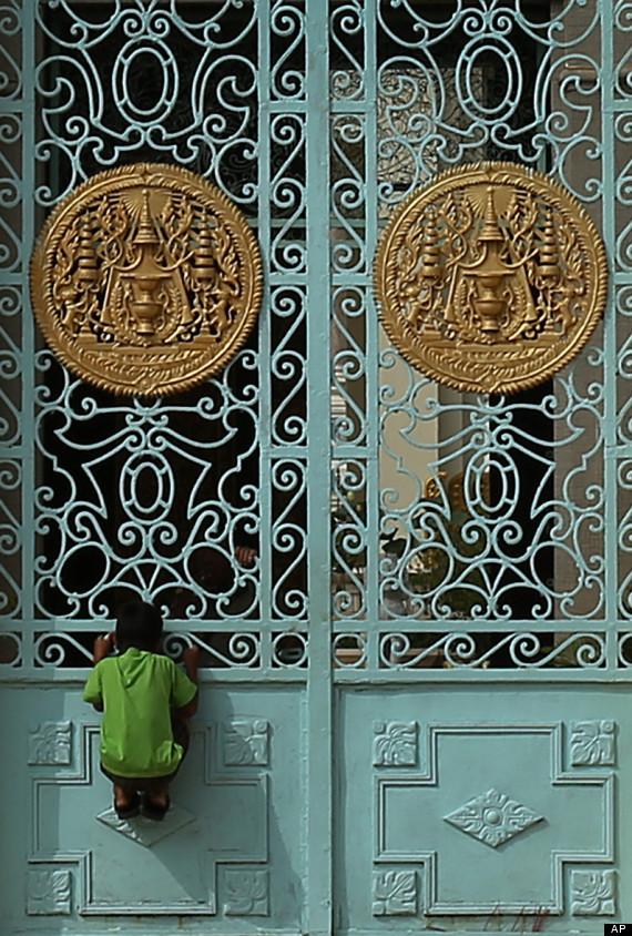 aptopix_cambodia_sihanouk_mourned