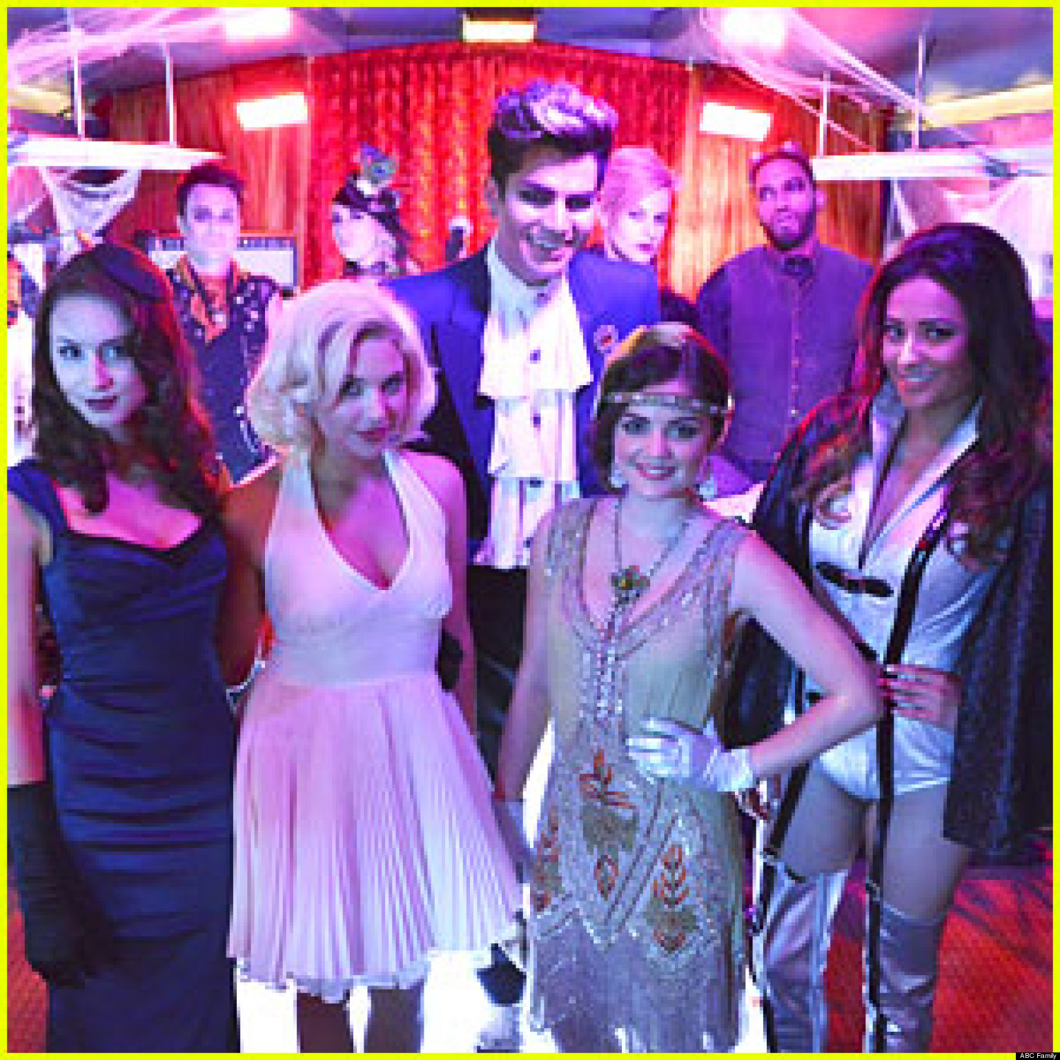 pretty little liars halloween episode which character dies huffpost - Halloween Episodes Of Pretty Little Liars