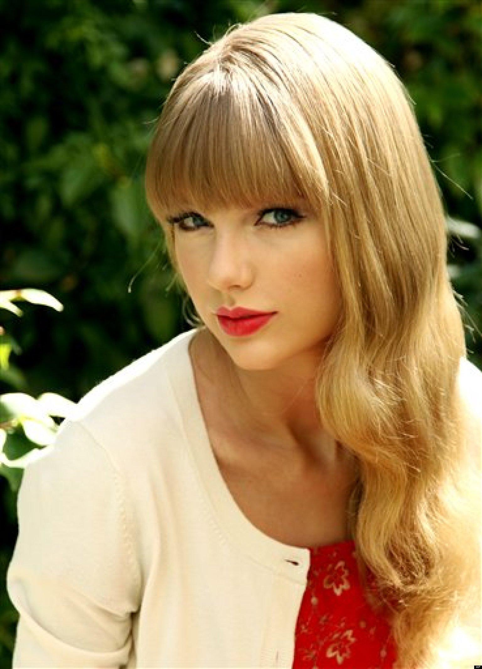 Taylor swift cfake