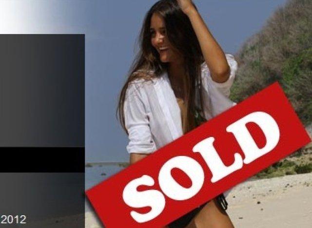 Fille vendant sa virginité sur ebay